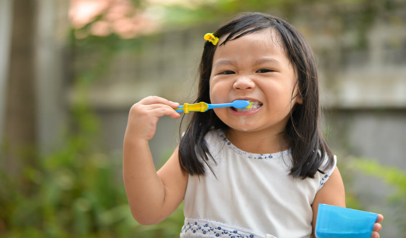 Build Mouth-Healthy Habits For Your Kids